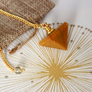Pendule Pyramide Jaspe Jaune