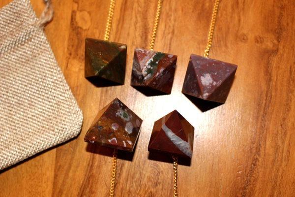 pendule divinatoire pyramide jaspe
