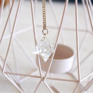 Cristal de roche pendule divinatoire