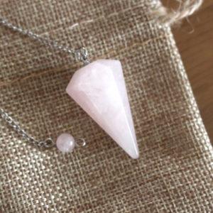 pendule quartz rose cône à facettes