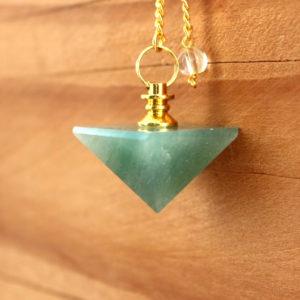 pendule divinatoire pyramide aventurine verte