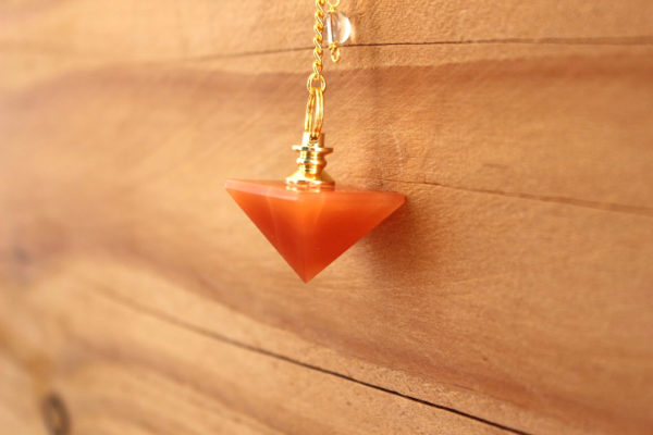pendule aventurine orange pyramide