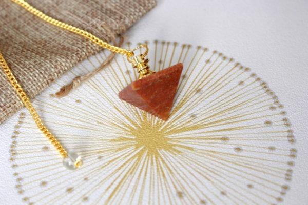 pendule divinatoire jaspe orange pyramide