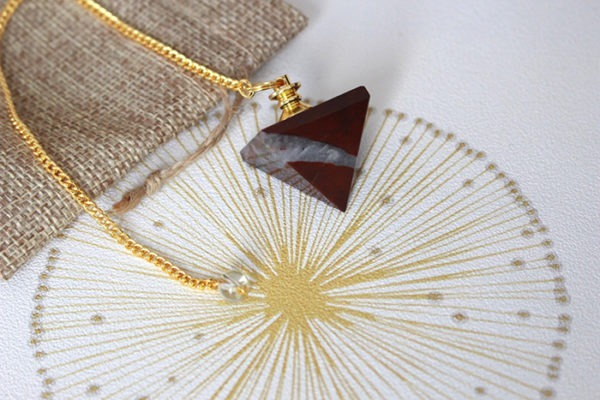 pendule divinatoire jaspe pyramide