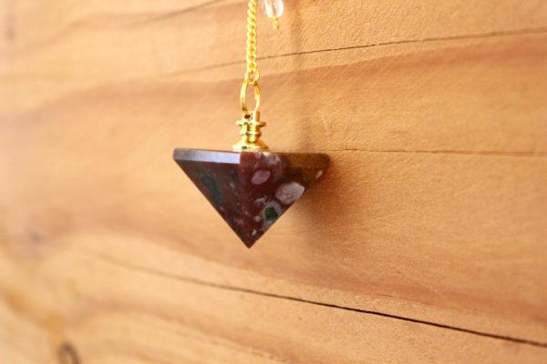 pendule pyramide jaspe
