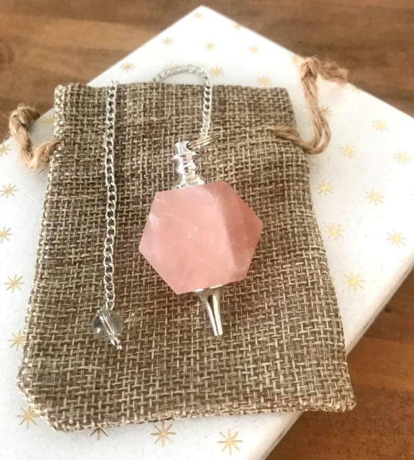 pendule quartz rose dodécaèdre