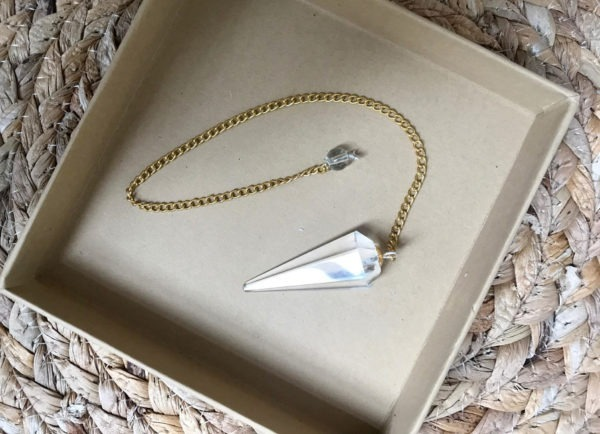 pendule radiesthésie cristal doré