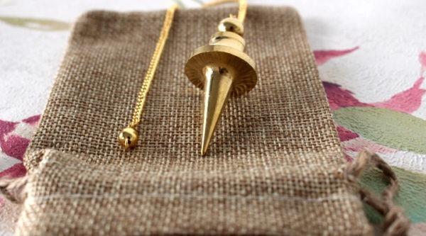 pendule trouvier métal