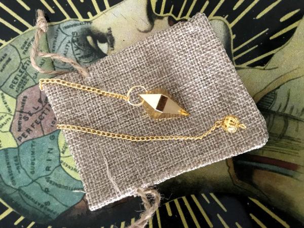 pendule voyance pyramide