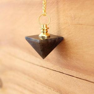 pendule pyramide quartz fumé