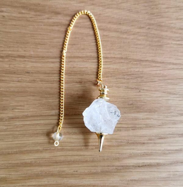 pendule-cristal-de-roche-brut