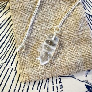 pendule-egyptien-cristal-de-roche