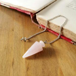 Pendule-quartz-rose-medium-radiesthesie