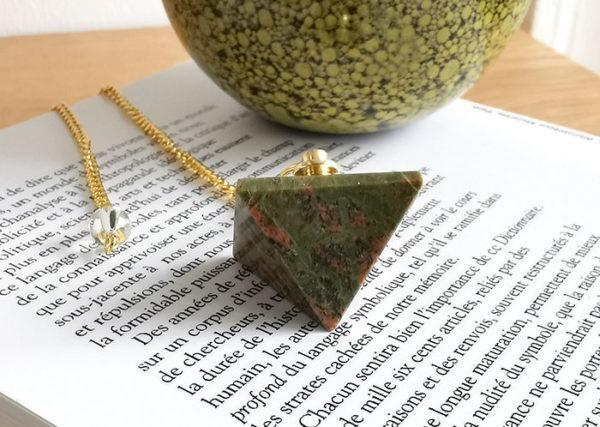 pendule-divinatoire-pyramide-unakite