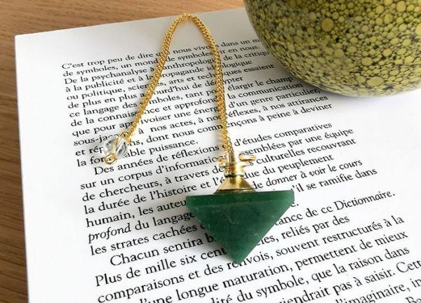 pendule-radiesthesie-jaspe-vert-pyramide